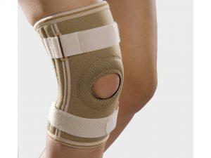 Oretza pentru genunchi din neopren NEGRU